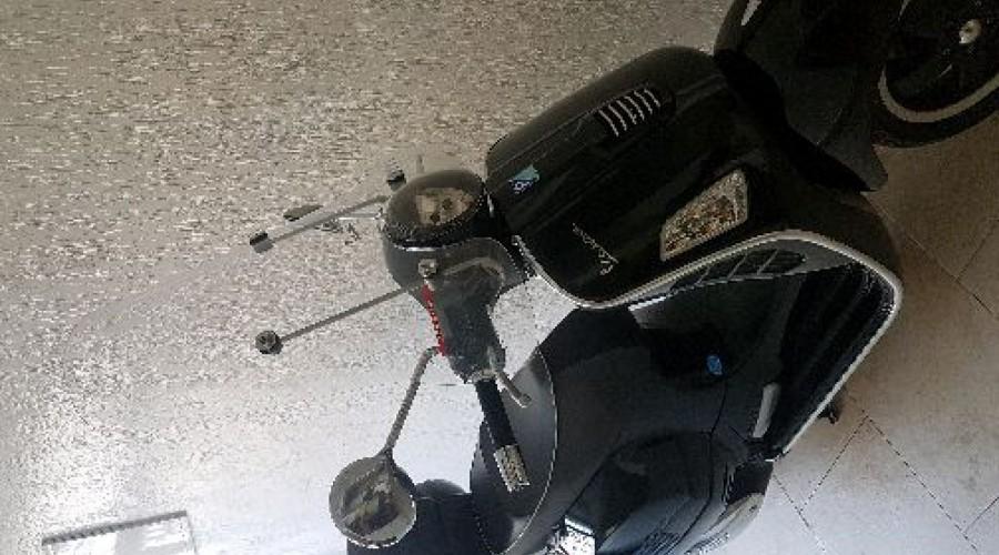 Vespa GTS 125IE Photo N°0